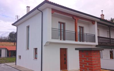 Rehabilitación integral de vivienda pareada en Puente San Miguel, Cantabria